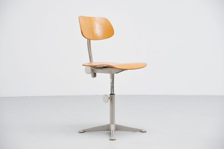 Friso Kramer drafting chair Ahrend de Cirkel Holland 1963