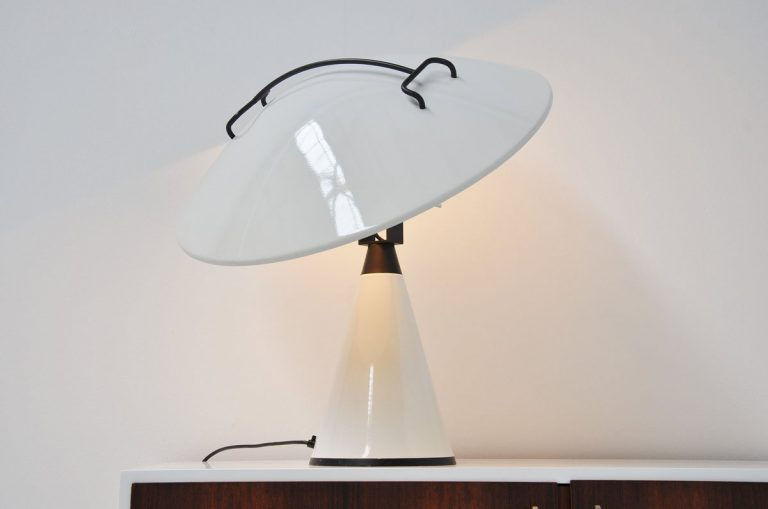 Elio Martinelli Model 676 table lamp 1970