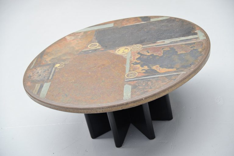 Marcus Kingma round artwork coffee table Holland 1981