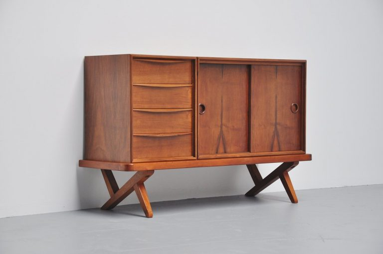 Small credenza by Rudolf Glatzel for Fristho 1955