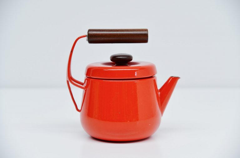 Jens Quistgaard Dansk tea pot in red enamel Denmark 1956