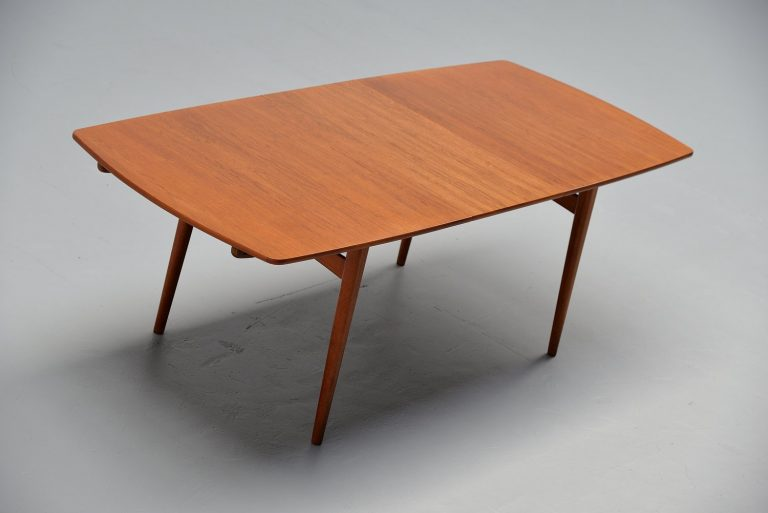William Watting extendable dining table Fristho 1965