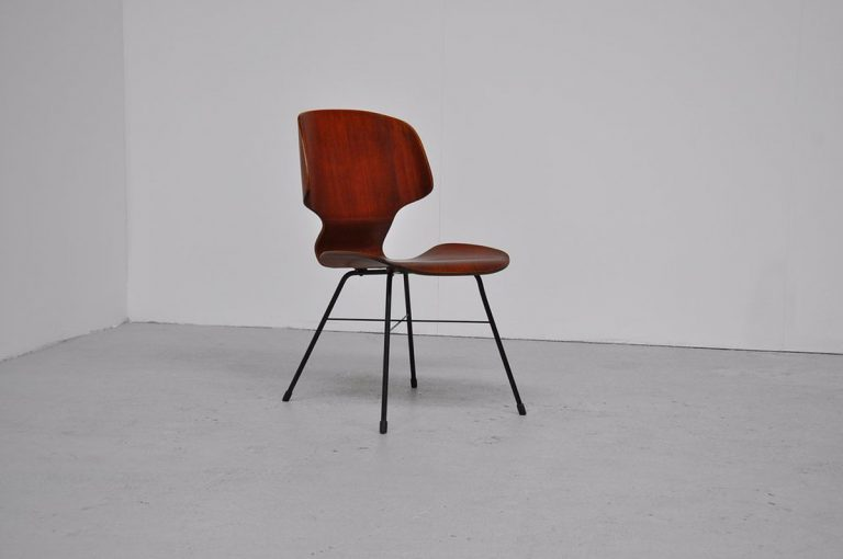Italian Saporiti plywood chair 1950