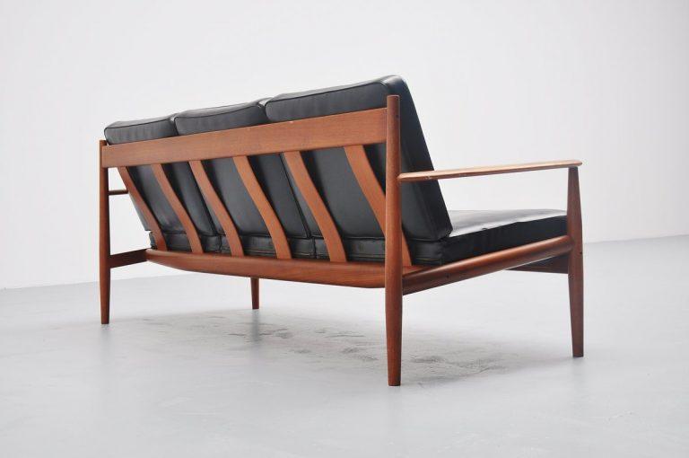 Grete Jalk 118 lounge sofa in teak Denmark 1960
