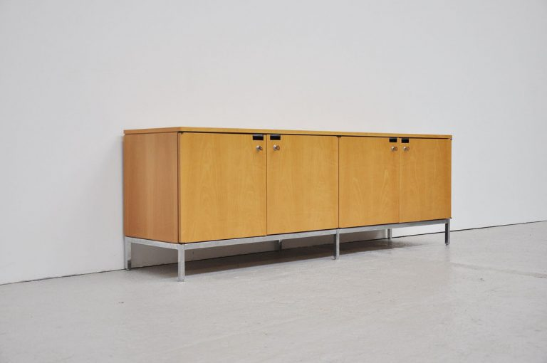 Florence Knoll sideboard 2544M Knoll International