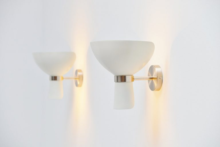 Stilnovo pair of uplighter sconces Italy 1950