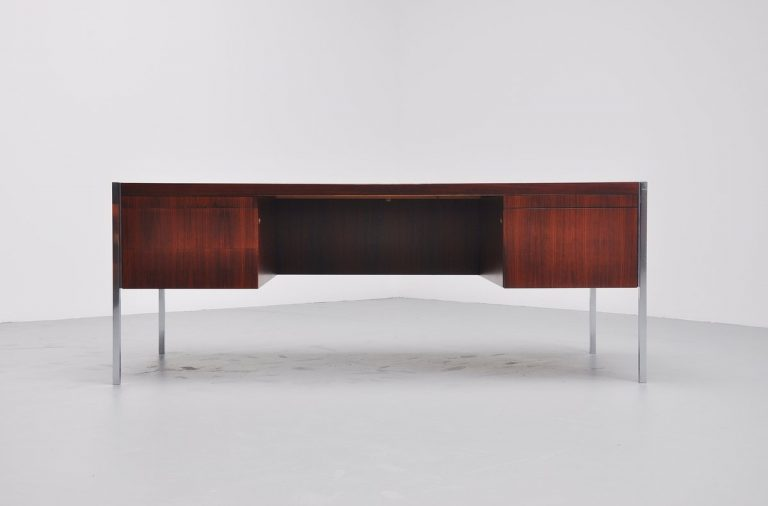 Richard Schultz executive desk for Knoll International 1963