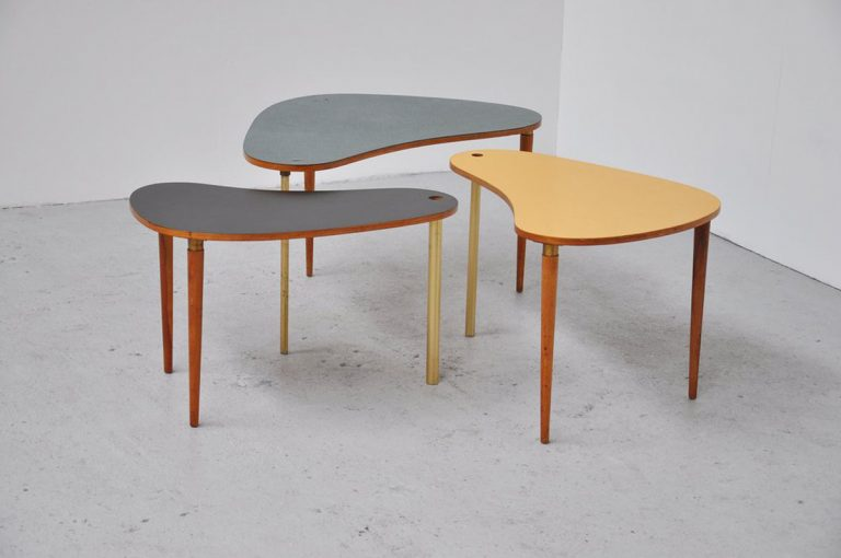 Fifties nesting table set in formica