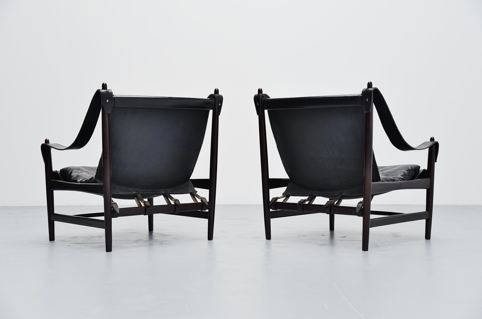 Large Pair Of Safari Chairs In Mahogany And Leather 1960