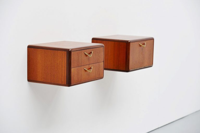 Italian pair of wall mounted night cabinets 1950