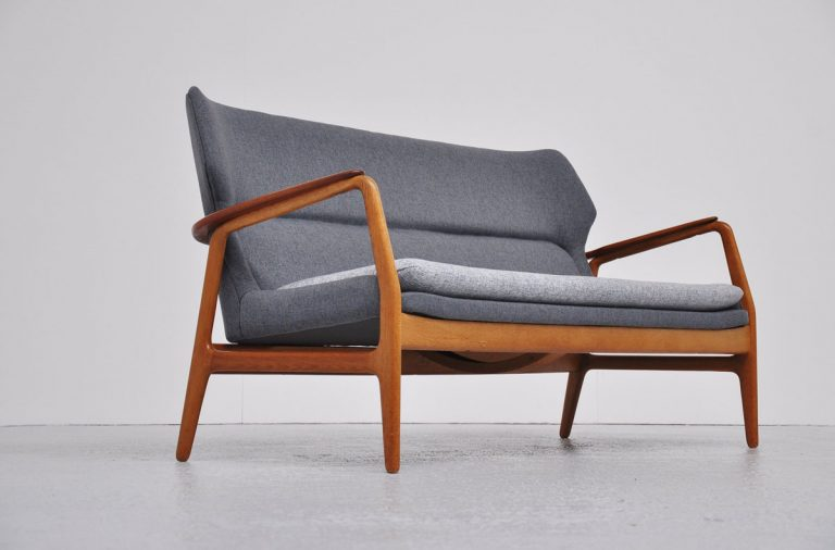 Bovenkamp wingback loung sofa 1960