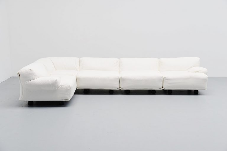 Vico Magistretti Fiandra sofa by Cassina Italy 1975