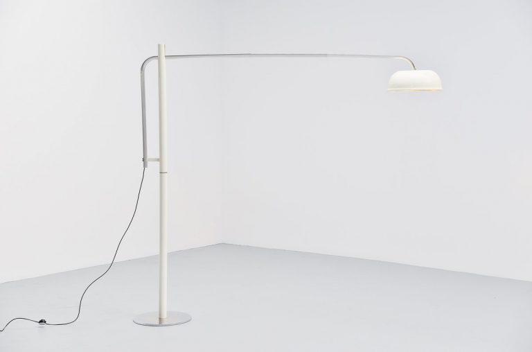 Italian arc floor lamp 1970