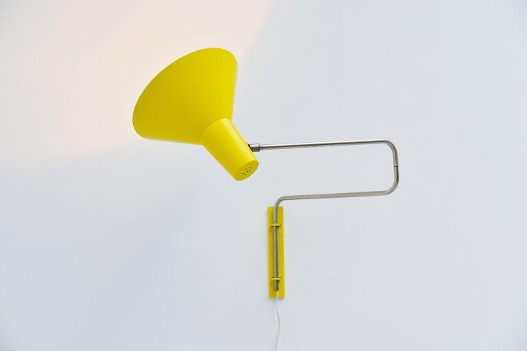 Floris Fiedeldij Artimeta swing wall lamp Holland 1960