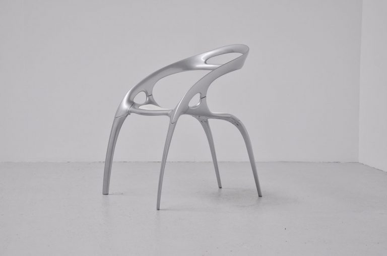 Ross Lovegrove GO chair Bernhardt design 1997