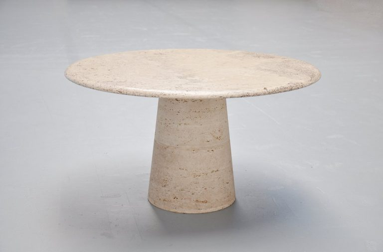 Travertine coffee table in the manner of Angelo Mangiarotti 1970