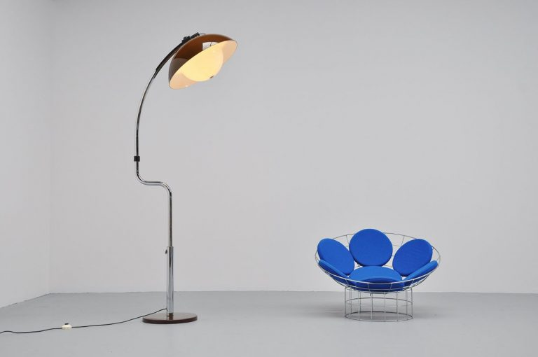 Harvey Guzzini arc floor lamp 1970