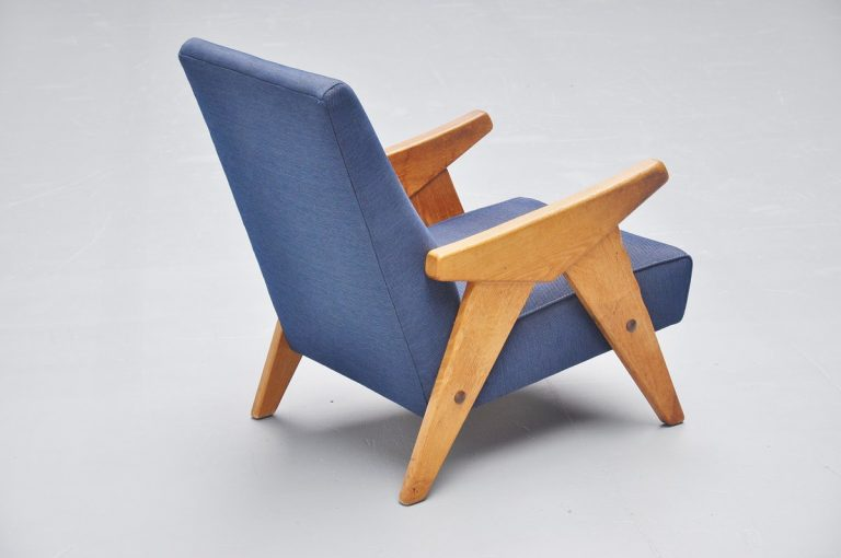 French lounge chair in the manner of Guillerme & Chambron 1950