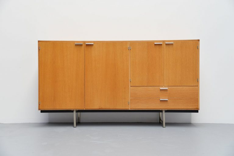 Pastoe Made to Measure buffet in oak, Holland 1965