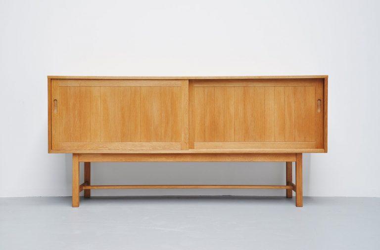 Kurt Ostervig oak credenza for KP Mobler 1970