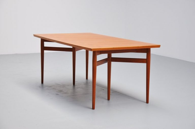 Arne Vodder teak dining table Sibast Mobler 1960
