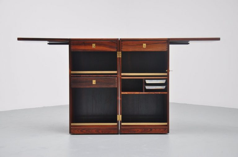 Dyrlund captains dry bar in Rosewood Denmark 1960
