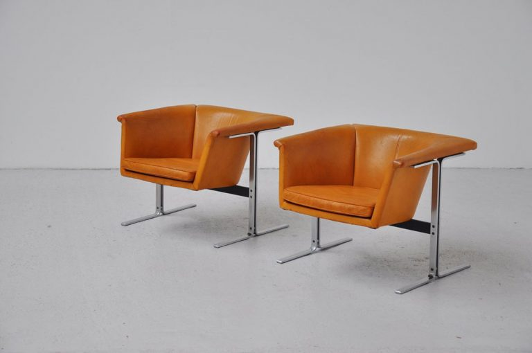 Geoffrey Harcourt Artifort 042 lounge chairs 1963
