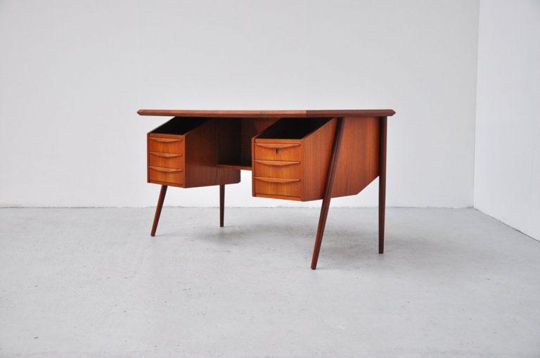 Tibergaard desk in teak, Denmark 1960