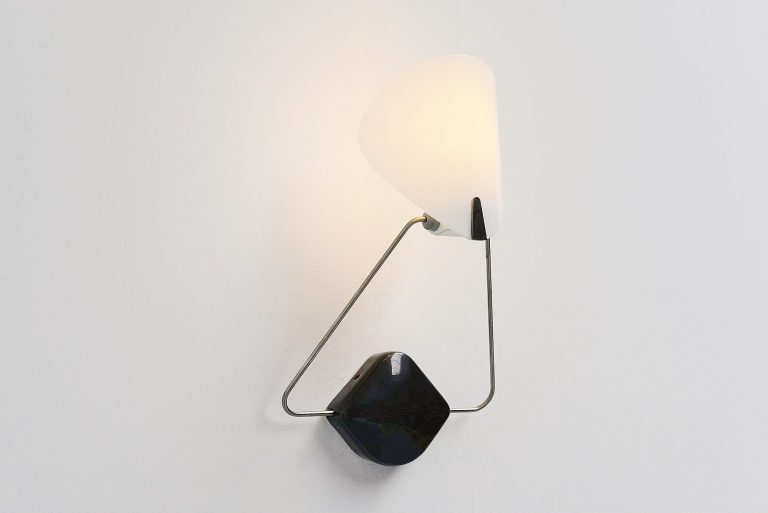 Paolo Rizzatto Bali wall lamp for Arteluce 1977