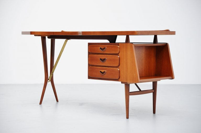 Louis van Teeffelen Webe writing desk Holland 1960