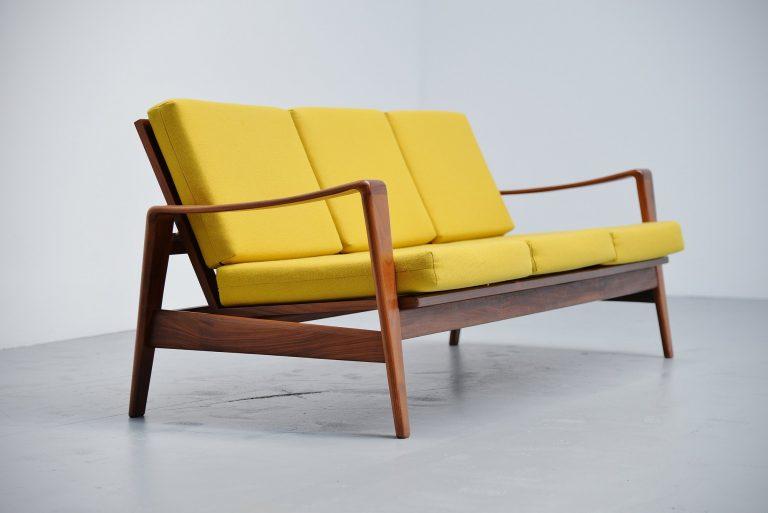 Arne Wahl Iversen lounge sofa Komfort Denmark 1960