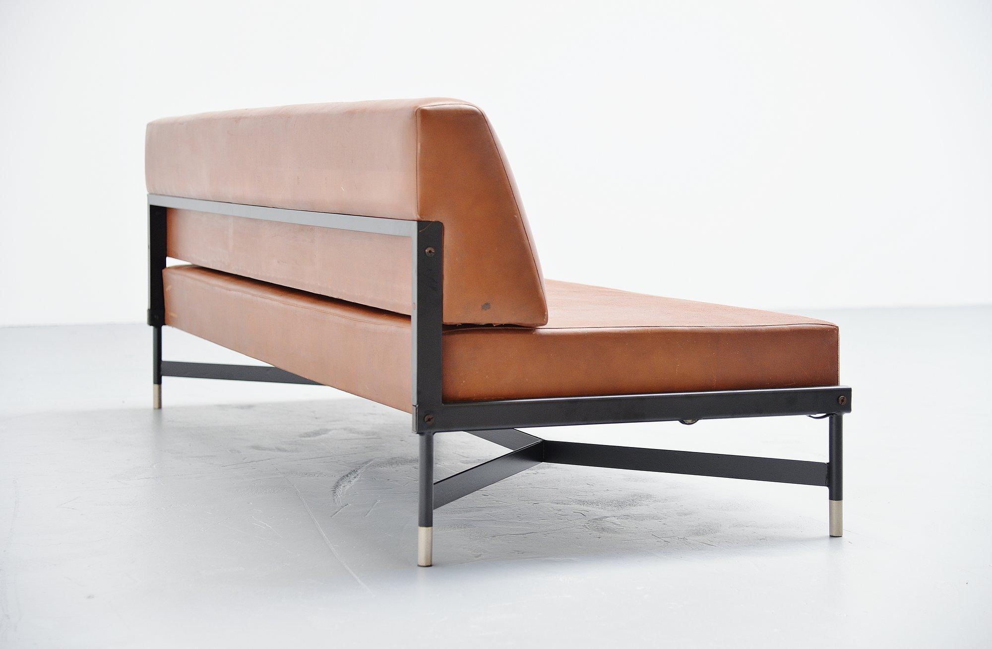 Rossi di Albizzate sleeping sofa Italy 1950 – MassModernDesign