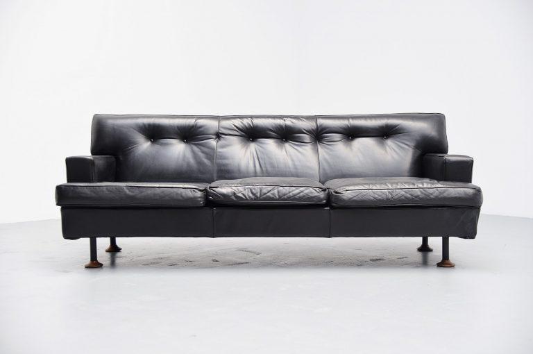 Marco Zanuso square sofa Arflex Italy 1962