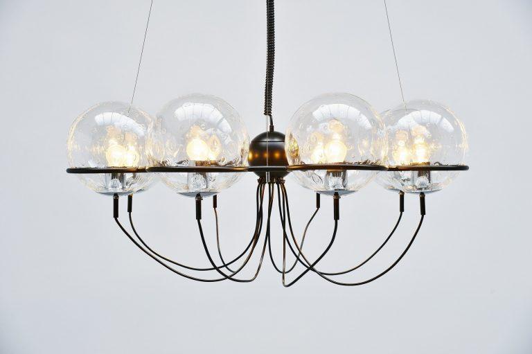 Raak Saturnus chandelier Holland 1975