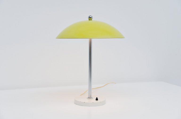 Wim Rietveld table lamp mushroom yellow Gispen 1950