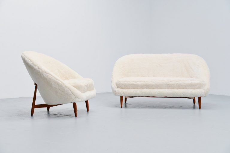 Theo Ruth sofa set in teddy mohair Artifort 1959