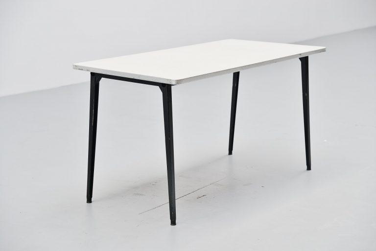 Friso Kramer Reform table Ahrend de Cirkel 1955