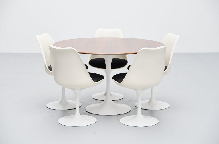 Eero Saarinen Tulip table set Knoll International 1956