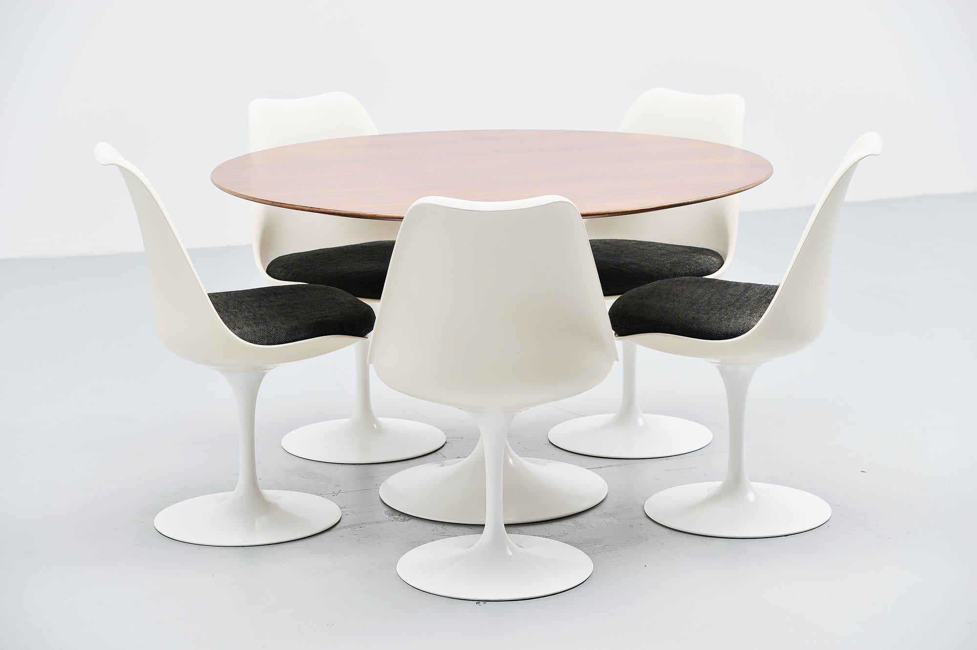 Eero Saarinen Tulip Table Set Knoll International 1956