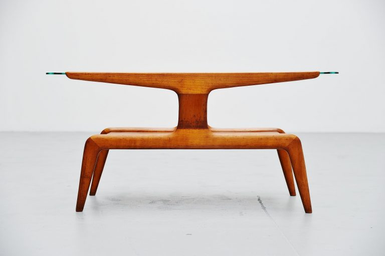 Gio Ponti Domus Nova coffee table Italy 1950
