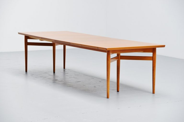 Arne Vodder dining table in teak Sibast Mobler Denmark 1960
