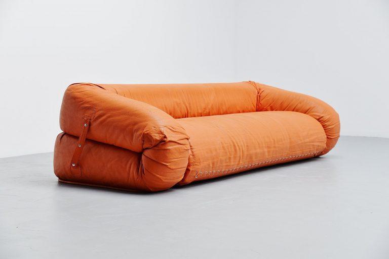 Anfibio sofa by Alessandro Becchi Giovanetti Italy 1971