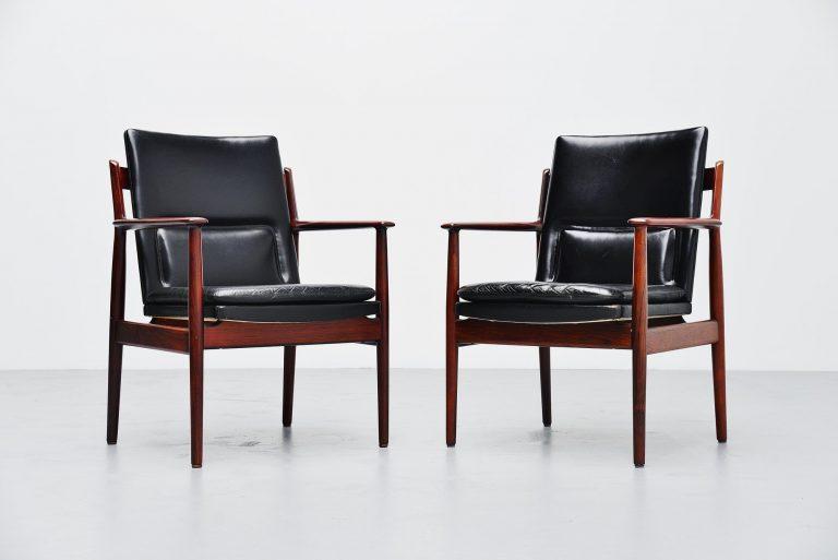 Arne Vodder 431 armchairs Sibast Mobler Denmark 1960