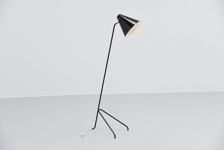 Willem Hagoort grasshopper floor lamp Holland 1955
