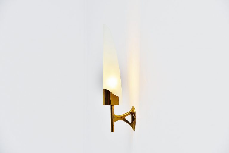 Max Ingrand 2080 sconce for Fontana Arte Italy 1955