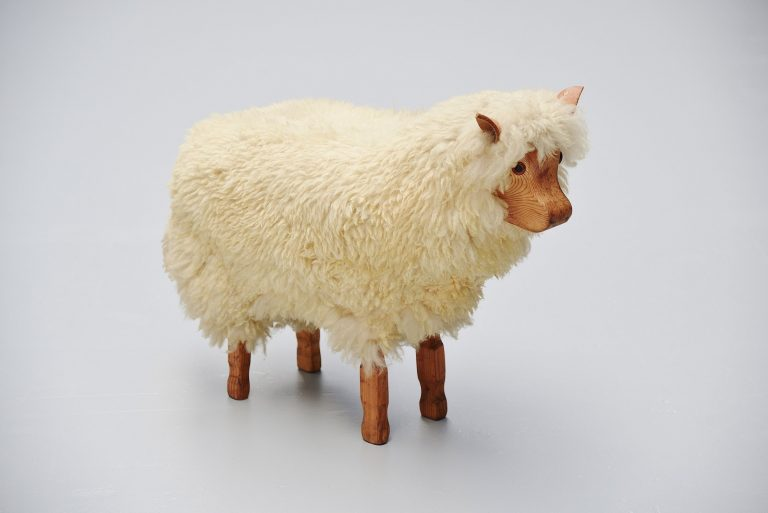 Decorative sheep in the manner of Francois Xavier Lalanne 1970