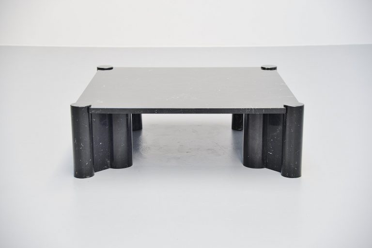 Gae Aulenti Jumbo coffee table Knoll International 1965