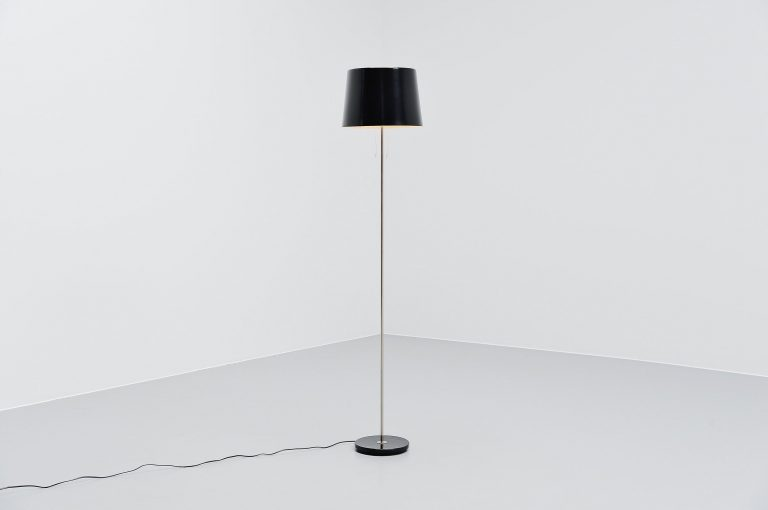 Willem Hagoort modernist floor lamp Holland 1960
