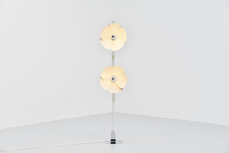Olivier Mourgue flower floor lamp Disderot France 1970