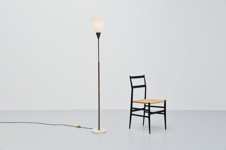 Giuseppe Ostuni 339 adjustable floor lamp Oluce 1950